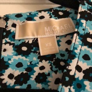 MICHAEL Michael Kors Dresses - MICHAEL Michael Kors Springtime Floral Dress